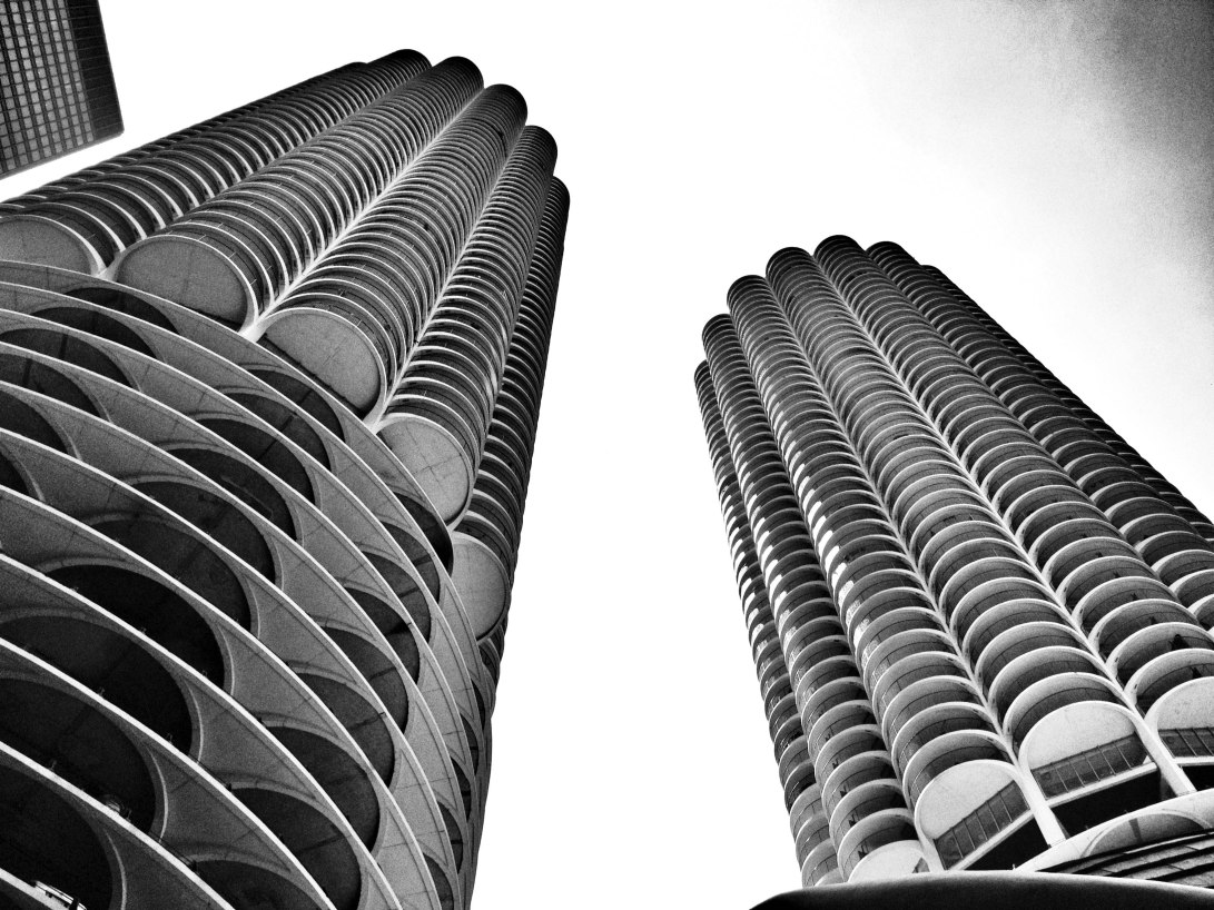 marina_skyline-architecture_-marina-towers-chicago